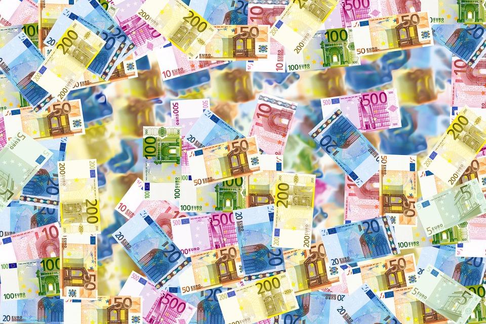 Economía Digital: Recaudar Fondos
